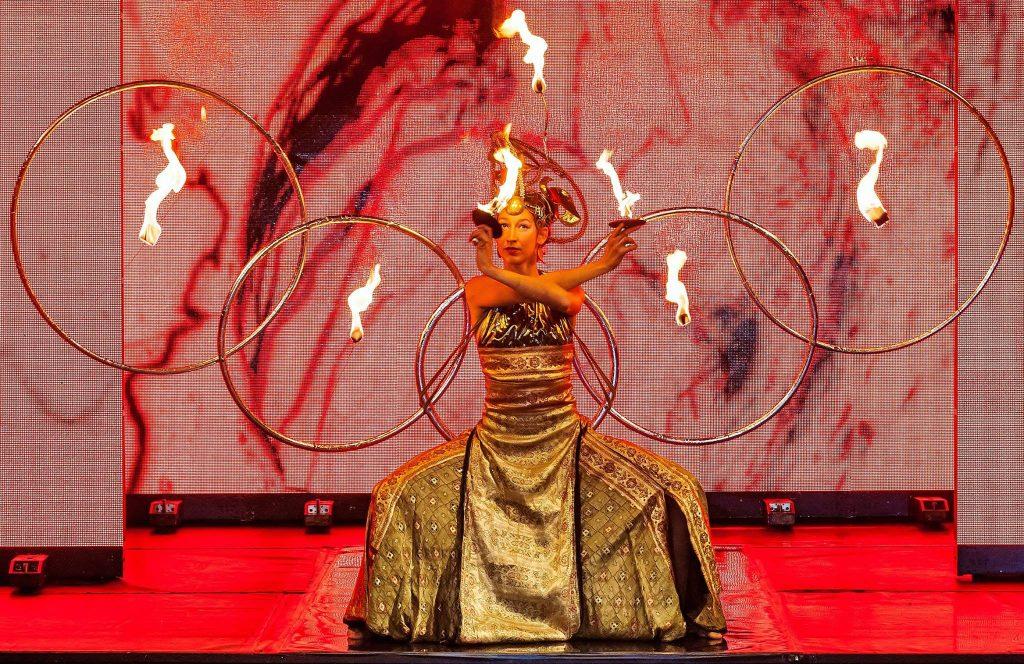 Linda Farkas Performance